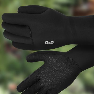 black neoprene cycling gloves